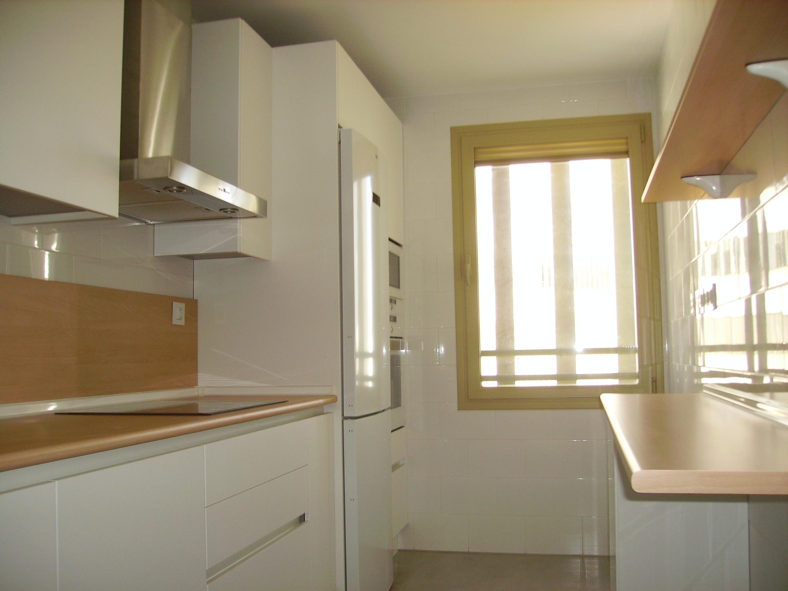 Nueva cocina en el porvenir selecci n cocinas for Formica madera